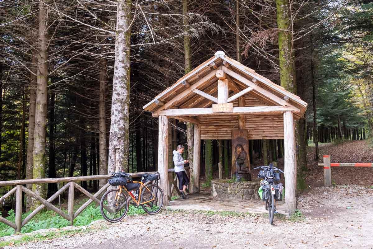 Ciclovia Parchi Calabria sosta in bici