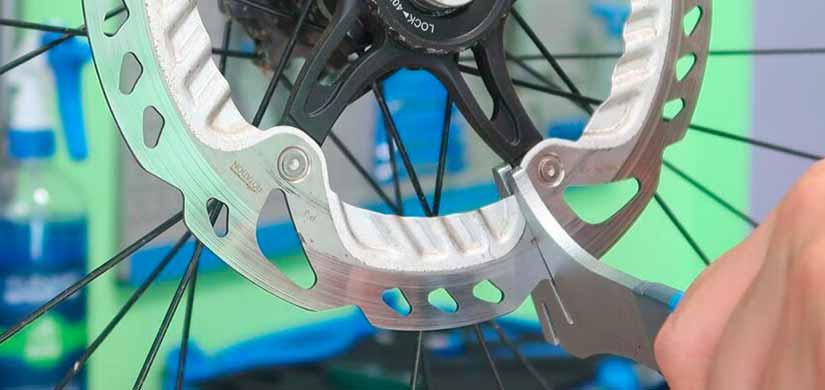 Corso online di specializzazione in freni a disco per bicicletta