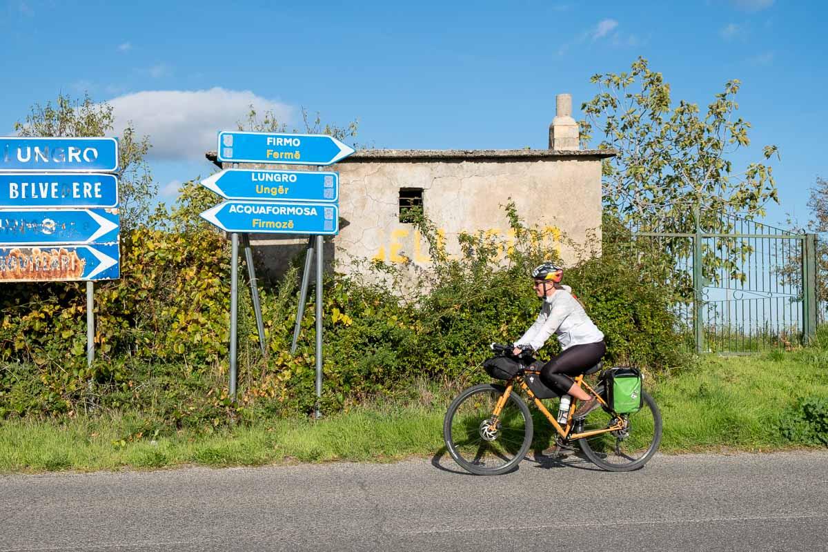 Cartelli stradali Ciclovia dei Parchi della Calabria