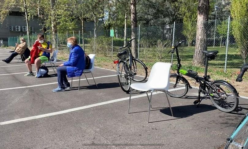 Bologna vaccino in bici