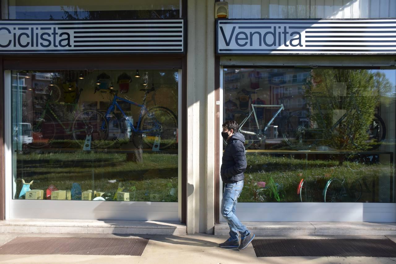 negozio bici riparazione vendita