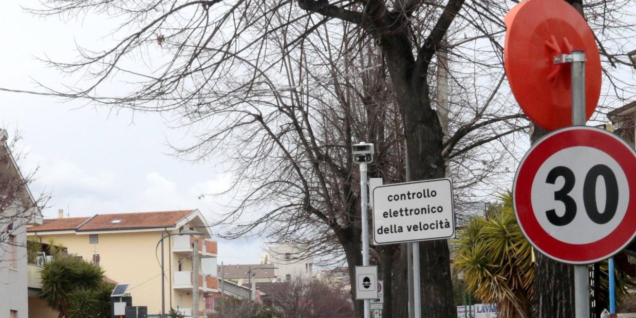 Autovelox contestato multe a Pescara in Via Di Sotto