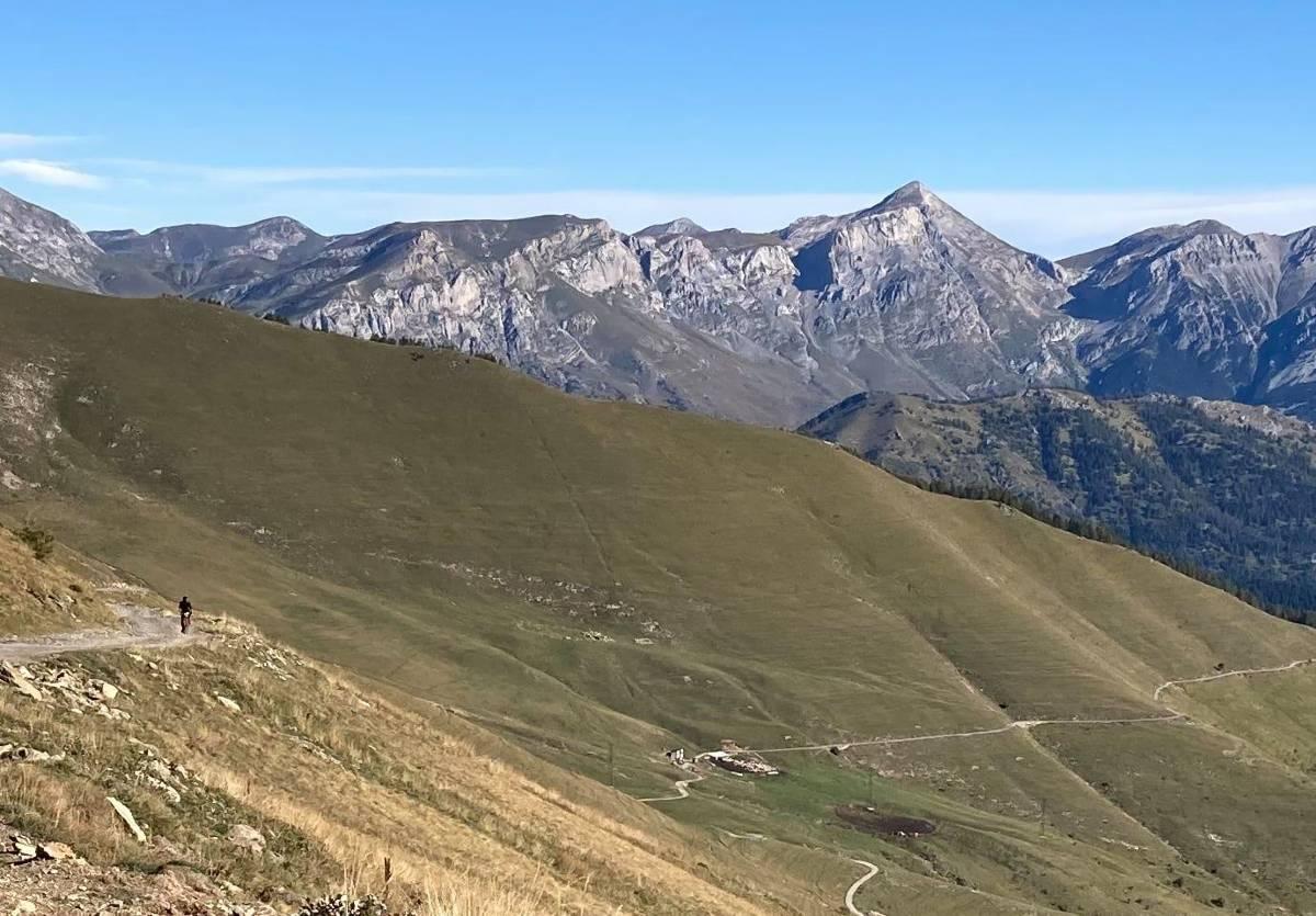 Montagne Liguria Bike Trail panorama