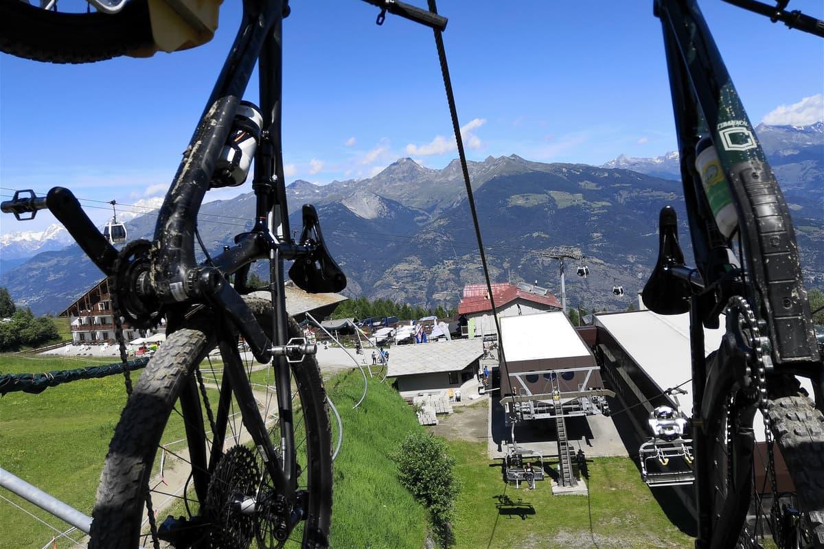 Seggiovia Chamolè Valle d'Aosta Pila Bikeland