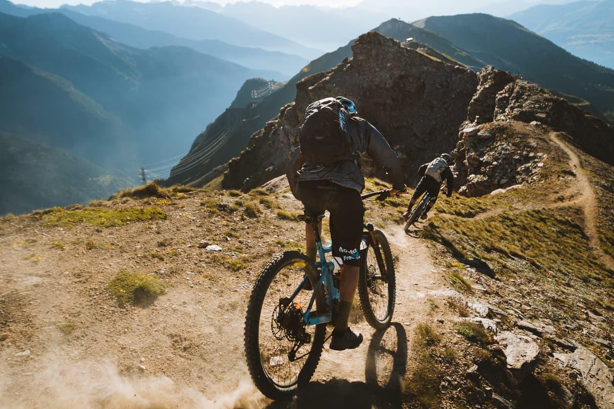 Discesa in mtb Valle d'Aosta Pila Bikeland