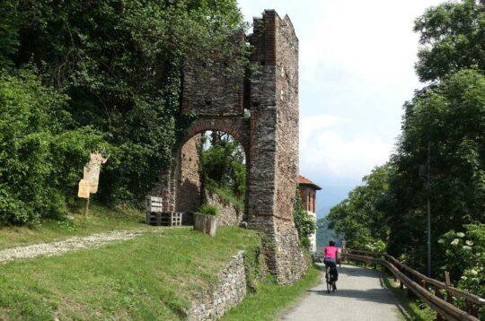 Borgo Roccasparvera Cuneo
