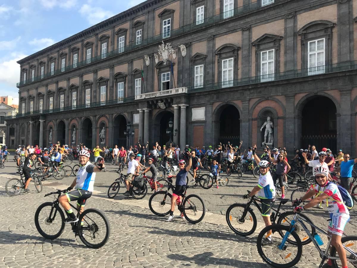 Napoli Bike Festival decima edizione pedalata in città