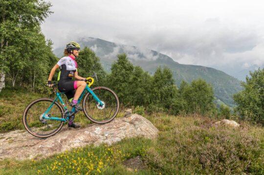 Paola Gianotti testimonial del cicloturismo in Valchiusella