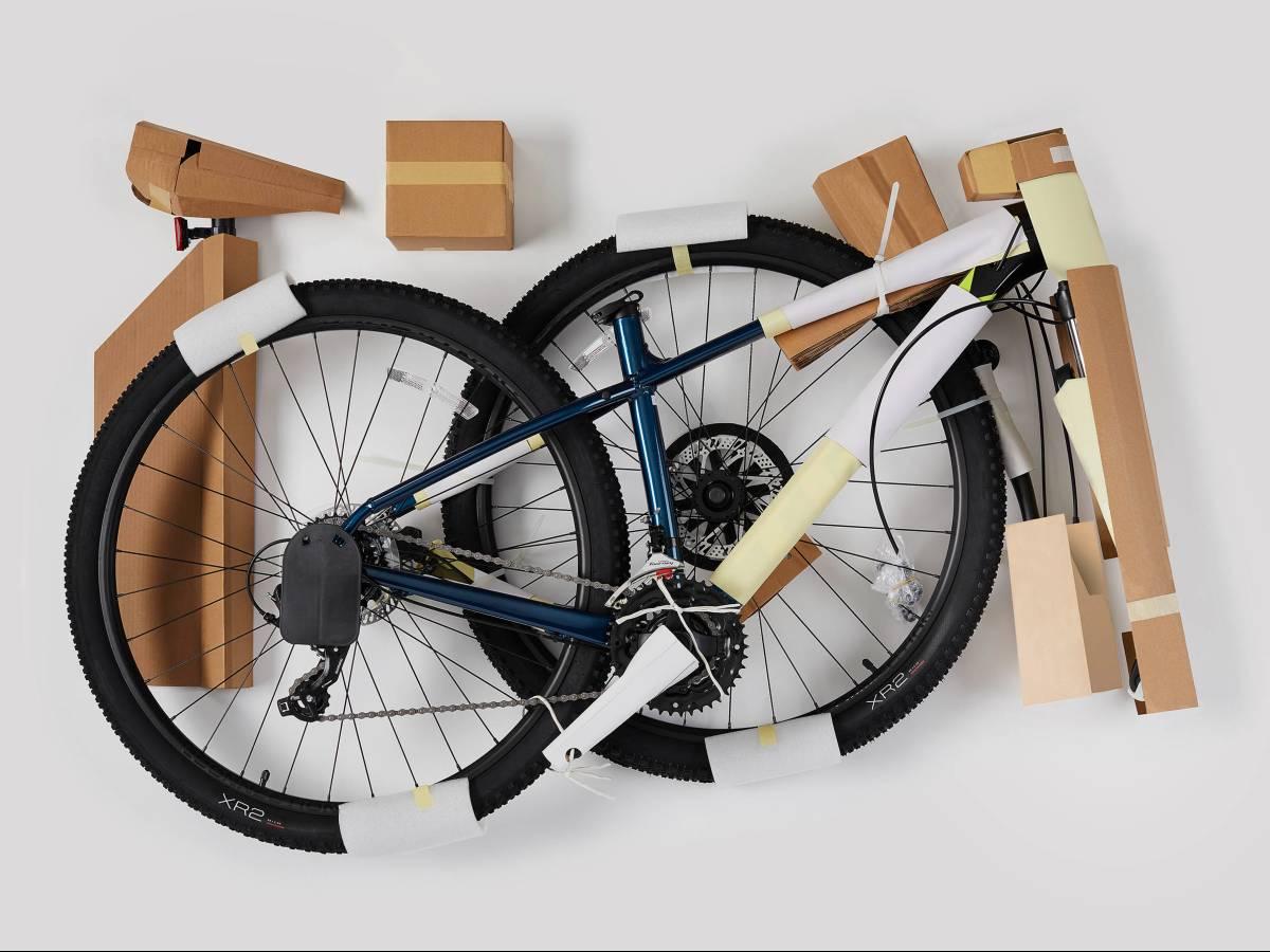 Produzione bici sostenibile imballaggio minimale e riciclato Trek